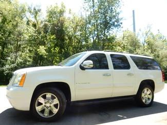 2007 GMC Yukon XL SLT 4X4 3RD ROW SEAT Leesburg, Virginia
