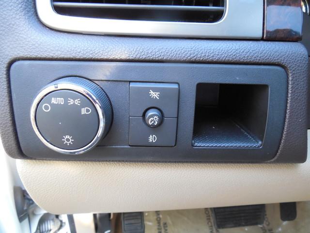 2007 GMC Yukon XL  Denali Leesburg, Virginia 11