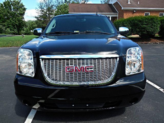 2007 GMC Yukon XL SLE Leesburg, Virginia 6