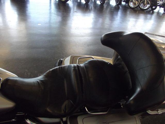 2007 Harley-Davidson Electra Glide Classic FLHTC Arlington, Texas 16