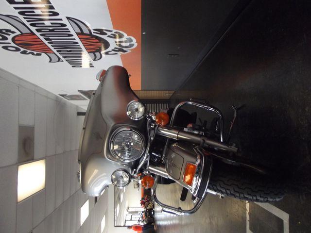 2007 Harley-Davidson Electra Glide Classic FLHTC Arlington, Texas 3