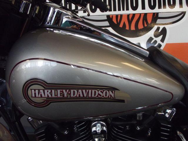 2007 Harley-Davidson Electra Glide Classic FLHTC Arlington, Texas 36