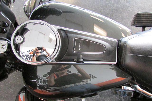 2007 Harley-Davidson Electra Glide® Ultra Classic® Arlington, Texas 30