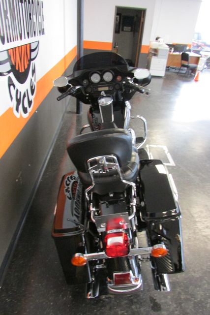 2007 Harley-Davidson Electra Glide® Standard Arlington, Texas 9