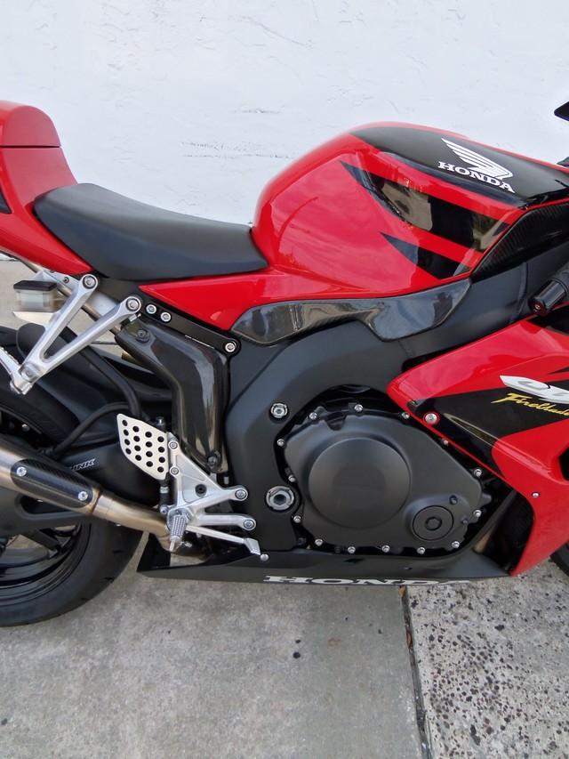 2007 Honda CBR® 1000RR Daytona Beach, FL 8