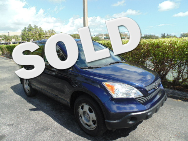 2007 Honda CR-V LX CLEAN CARFAX LOW MILES Features include POWER WINDOW POWER STEERING CRUI