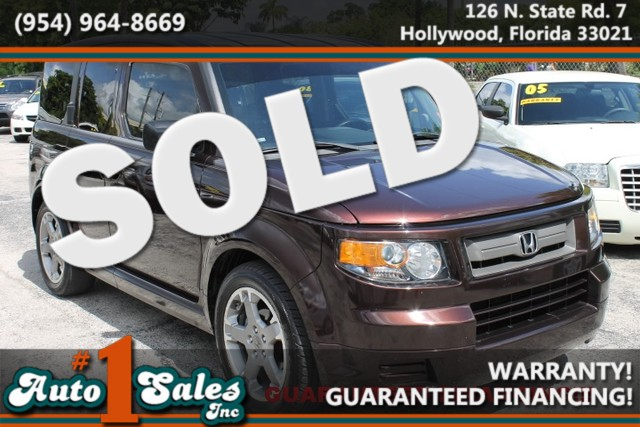 2007 Honda Element SC  WARRANTY 3OWNERS FLORIDA VEHICLE This 2007 Honda Element is a very