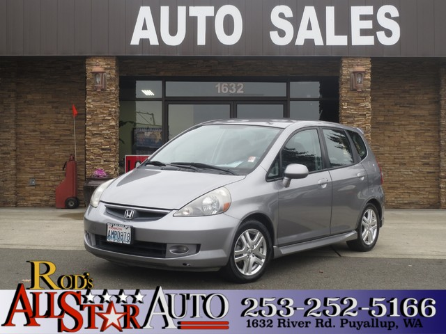 2007 Honda Fit Sport The CARFAX Buy Back Guarantee that comes with this vehicle means that you can