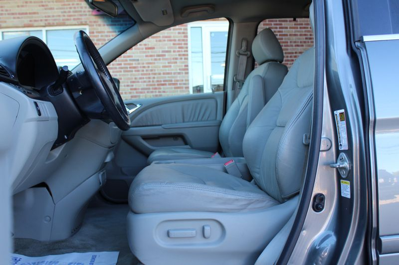 2007 Honda Odyssey EX-L  Lake Bluff IL  Executive Motor Carz  in Lake Bluff, IL