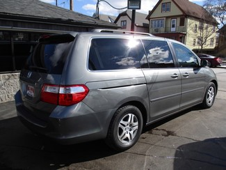2007 Honda Odyssey EX-L Milwaukee, Wisconsin 3
