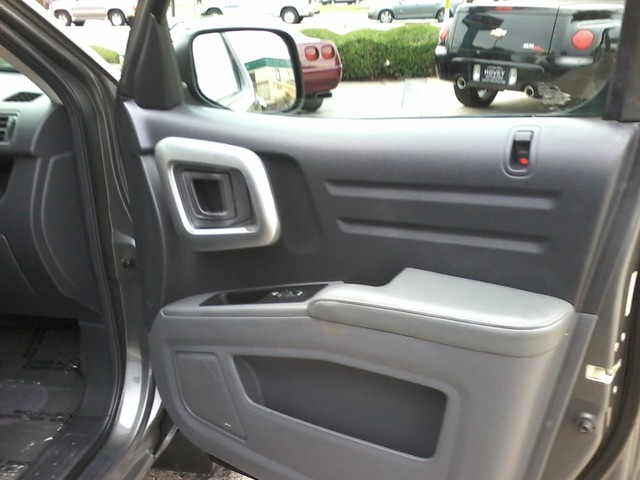 2007 Honda Ridgeline (AWD) RTS San Antonio, Texas 14