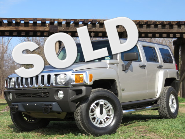 2007 HUMMER H3 SUV Go anywhere with this great looking little Hummer H3 All the time 4wd navigati