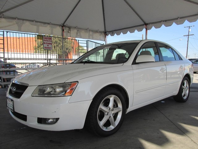 2007 Hyundai Sonata SE Please call or e-mail to check availability All of our vehicles are avail