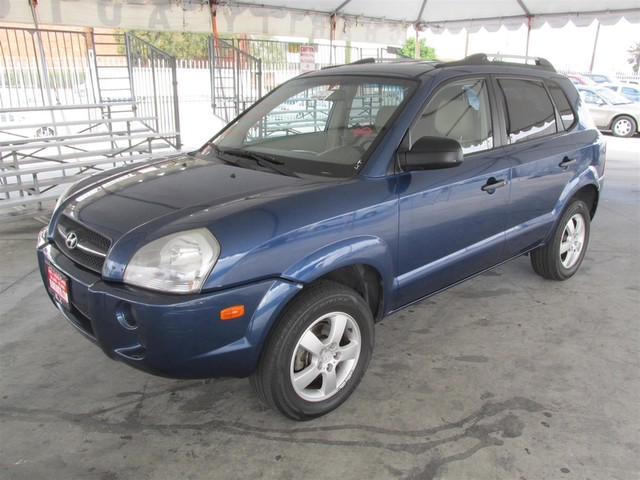2007 Hyundai Tucson GLS Please call or e-mail to check availability All of our vehicles are ava