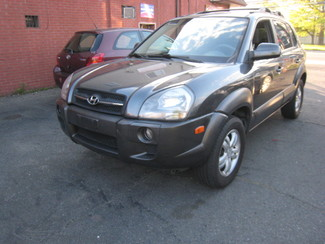 2007 Hyundai Tucson SE   One Owner Clean Carfax New Brunswick, New Jersey 3