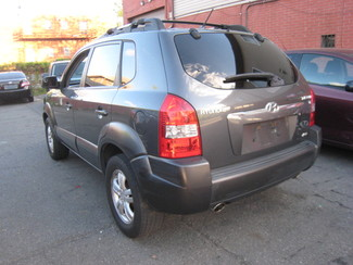 2007 Hyundai Tucson SE   One Owner Clean Carfax New Brunswick, New Jersey 4