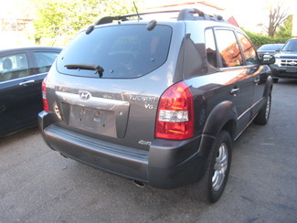 2007 Hyundai Tucson SE   One Owner Clean Carfax New Brunswick, New Jersey 6