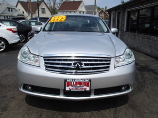 2007 Infiniti M35 x Milwaukee, Wisconsin 1