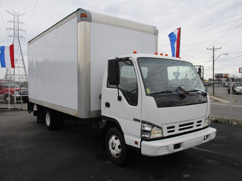 2007 Isuzu Npr Cab Over W4S042 NPR HD DSL REG Cab Over DIESEL  in Memphis, Tennessee
