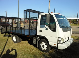 2007 Isuzu NPR,DIESEL, Landscaping Truck Bed Irving, Texas 2