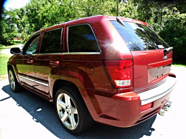 2007 Jeep Grand Cherokee SRT-8 Leesburg, Virginia 3