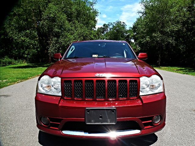 2007 Jeep Grand Cherokee SRT-8 Leesburg, Virginia 7