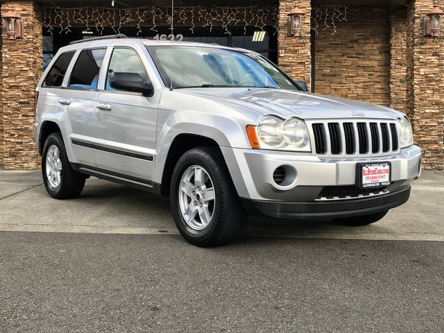 2007 Jeep Grand Cherokee Laredo Silver 2007 Jeep Grand Cherokee Laredo 4WD 5-Speed Automatic 37L