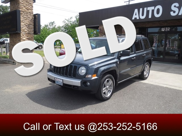 2007 Jeep Patriot Limited AWD The CARFAX Buy Back Guarantee that comes with this vehicle means tha