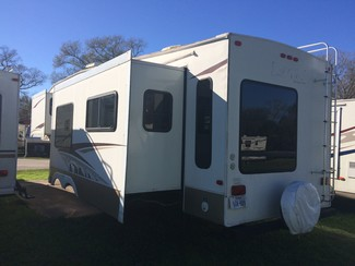 2007 Keystone LAREDO 5TH WHEEL 315 RL Katy, Texas 4