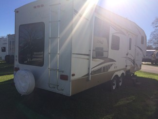 2007 Keystone LAREDO 5TH WHEEL 315 RL Katy, Texas 6