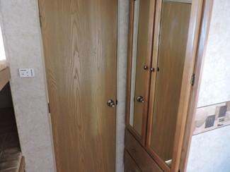 2007 Keystone Springdale 295 Bunkhouse/Slide 30 Ft. Sleeps 8! Bend, Oregon 11