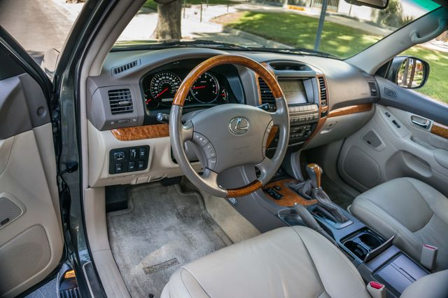 2007 Lexus GX 470 4WD - NAVI - 3RD ROW - MARK LEVINSON Reseda, CA 14