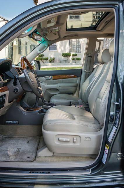 2007 Lexus GX 470 4WD - NAVI - 3RD ROW - MARK LEVINSON Reseda, CA 36