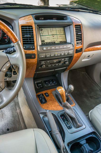 2007 Lexus GX 470 4WD - NAVI - 3RD ROW - MARK LEVINSON Reseda, CA 21