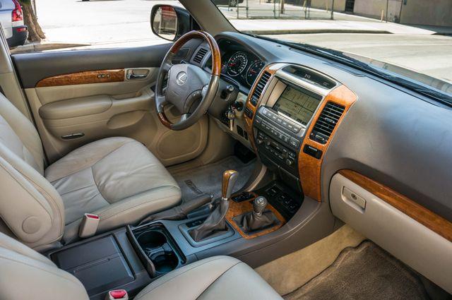 2007 Lexus GX 470 4WD - NAVI - 3RD ROW - MARK LEVINSON Reseda, CA 34