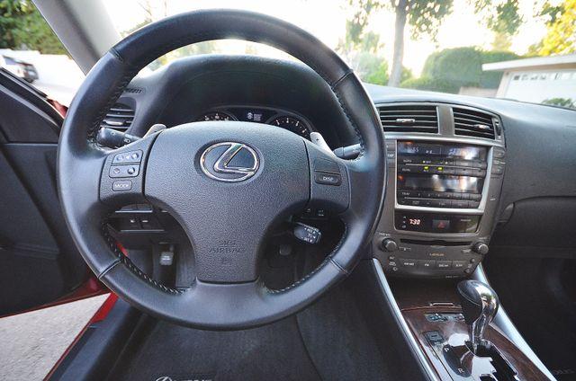 2007 Lexus IS 350  AUTO - 95K MILES - PREMIUM PKG - XENON Reseda, CA 10