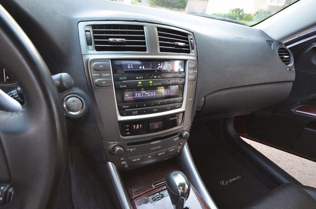 2007 Lexus IS 350  AUTO - 95K MILES - PREMIUM PKG - XENON Reseda, CA 14