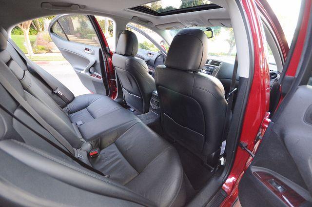 2007 Lexus IS 350  AUTO - 95K MILES - PREMIUM PKG - XENON Reseda, CA 18