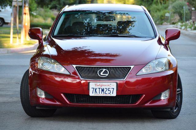 2007 Lexus IS 350  AUTO - 95K MILES - PREMIUM PKG - XENON Reseda, CA 4