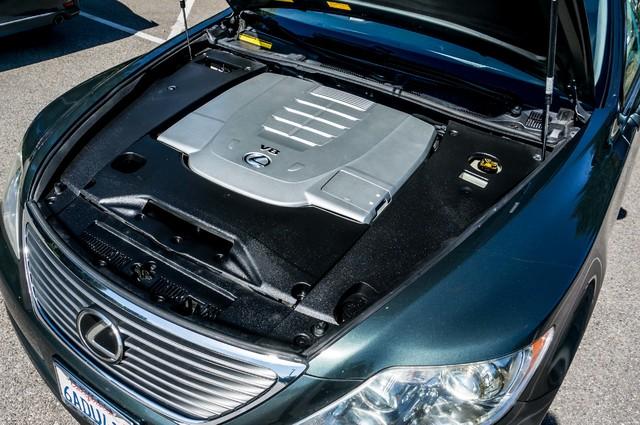 2007 Lexus LS 460 LWB - LUXURY PKG - NAVI - HTD/CLD STS - XENON Reseda, CA 38