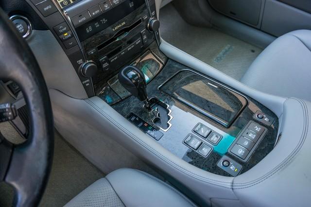 2007 Lexus LS 460 LWB - LUXURY PKG - NAVI - HTD/CLD STS - XENON Reseda, CA 32