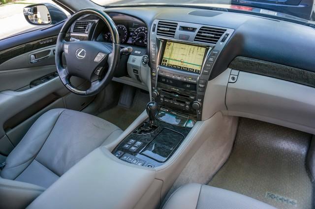 2007 Lexus LS 460 LWB - LUXURY PKG - NAVI - HTD/CLD STS - XENON Reseda, CA 19