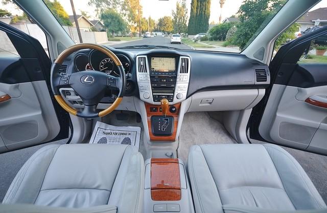 2007 Lexus RX 400h  4WD - PREMIUM PLUS - NAVI - 94K MILES Reseda, CA 8