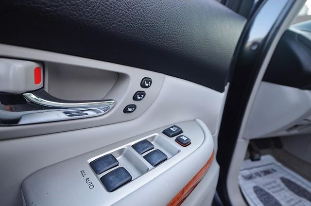 2007 Lexus RX 400h  4WD - PREMIUM PLUS - NAVI - 94K MILES Reseda, CA 22