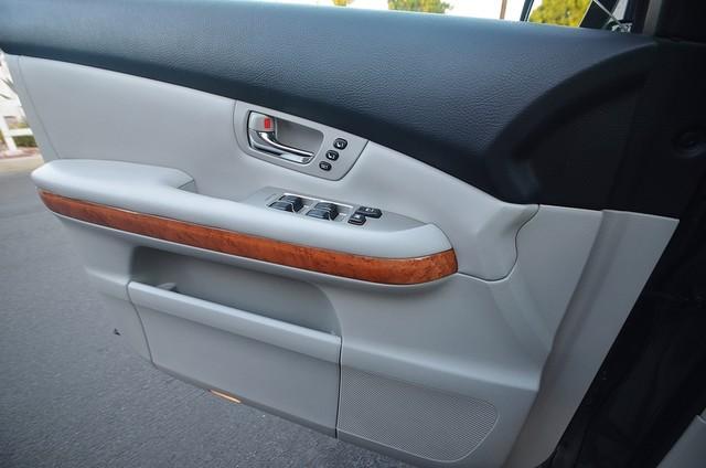 2007 Lexus RX 400h  4WD - PREMIUM PLUS - NAVI - 94K MILES Reseda, CA 24