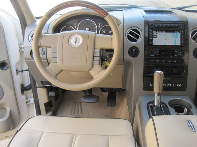 2007 Lincoln Mark LT Crew Cab 4x4, Hard Loaded, Super Clean, Must See. Plano, Texas 22