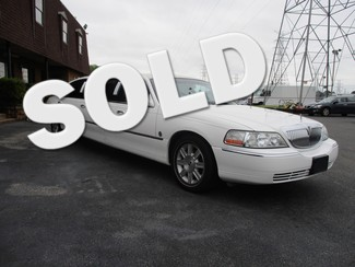 2007 Lincoln Town Car Limousine 5 door  Executive.  Limousine Pkg Memphis, Tennessee