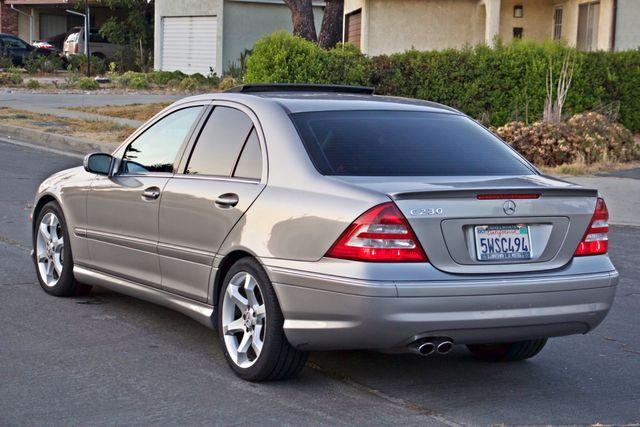 2007 Mercedes-Benz C230 2.5L SPORT PKG NAVIGATION AUTOMATIC ALLOY WHLS Woodland Hills, CA 4