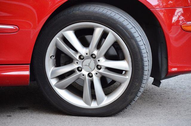 2007 Mercedes-Benz CLK350 3.5L Reseda, CA 20