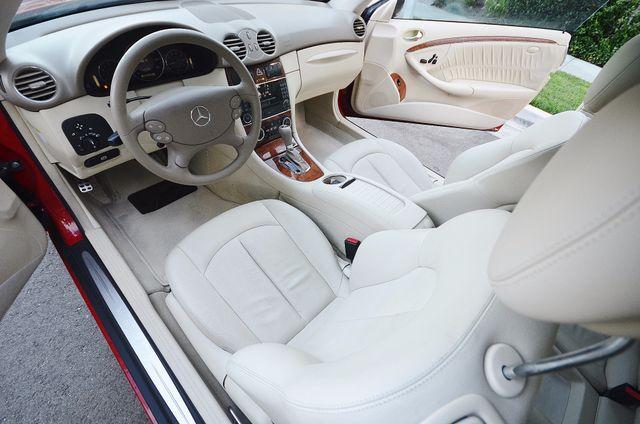 2007 Mercedes-Benz CLK350 3.5L Reseda, CA 27